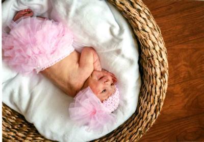 Lindemann Birth Annoc. .jpg
