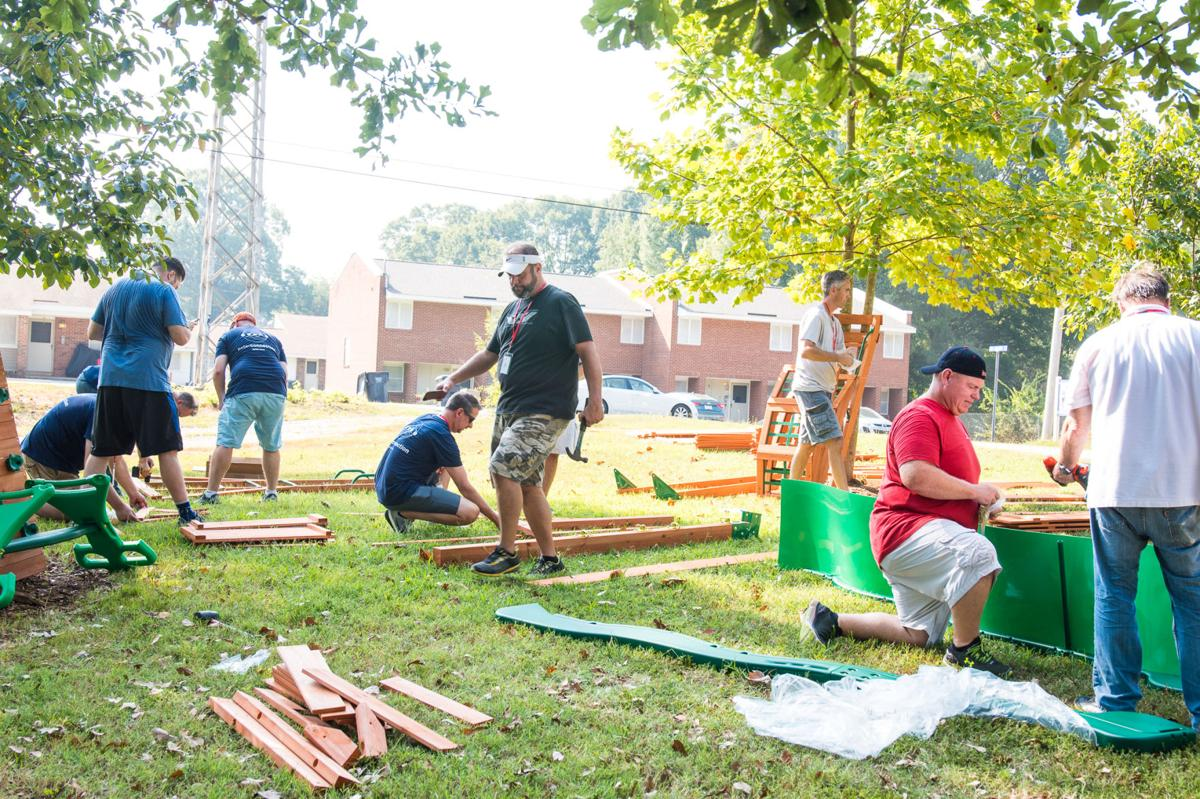 Hesed House Volunteers Nature Trail-2.jpg
