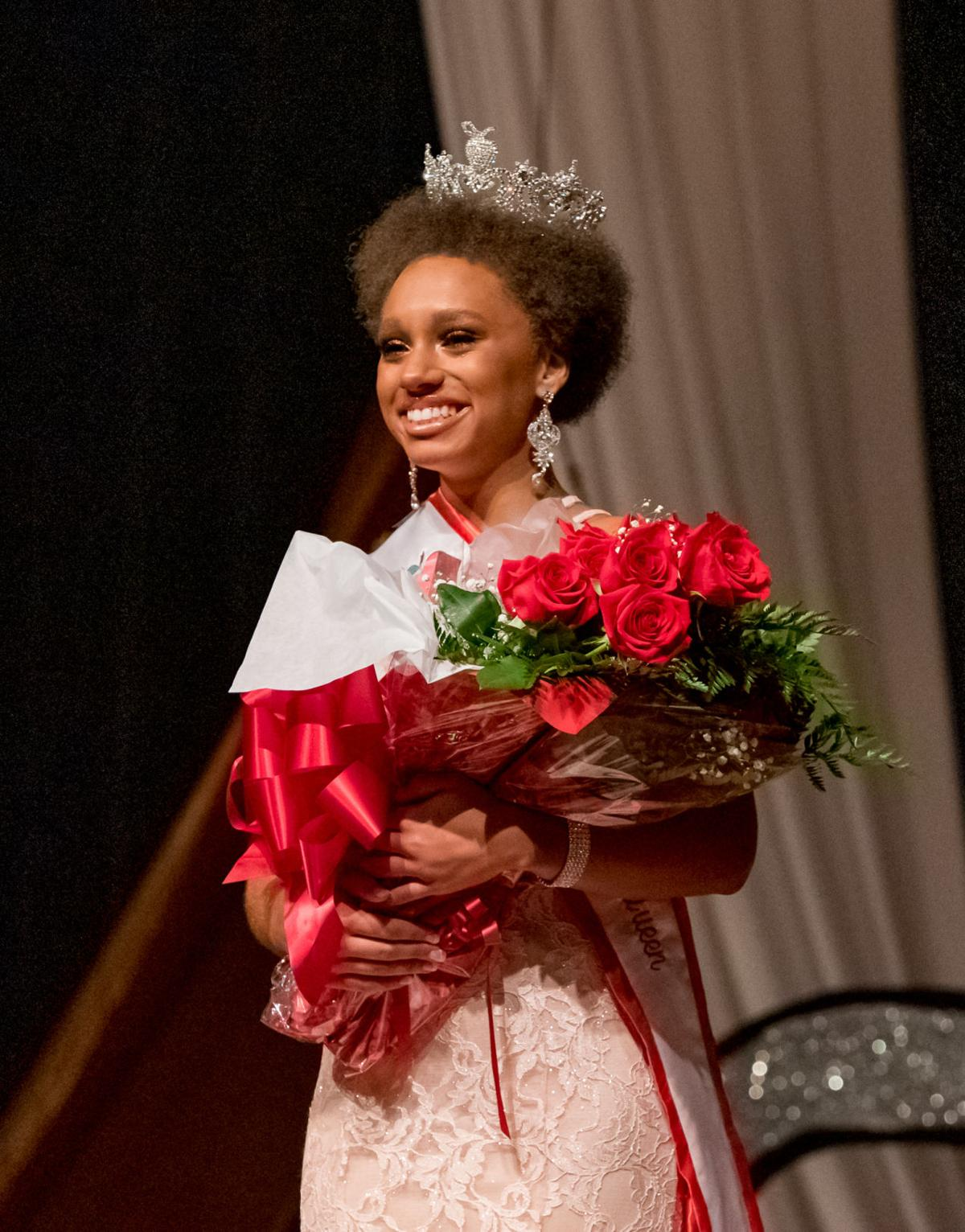 Apple Queen Pageant 2019-7.jpg