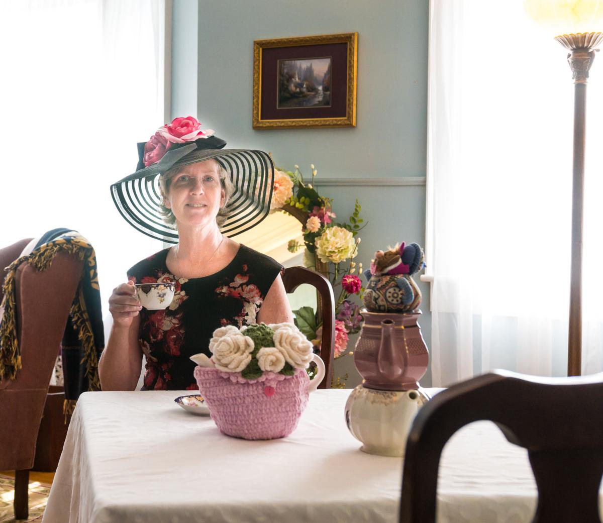 Tea Lady-1.jpg