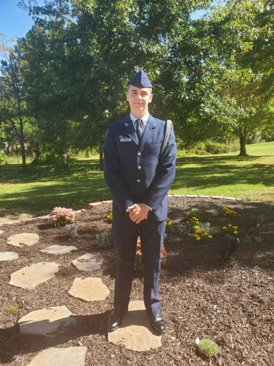 Blake Horner-Ogle earns flight academy scholarship