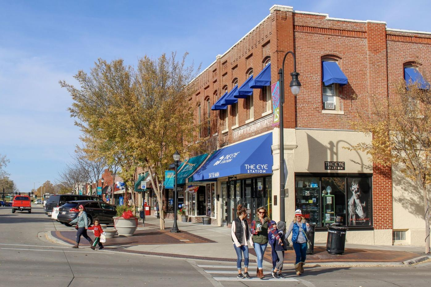 Downtown Lee's Summit Shopping