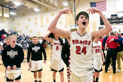 Prairie hashes out wire-to-wire win to topple champion Cats