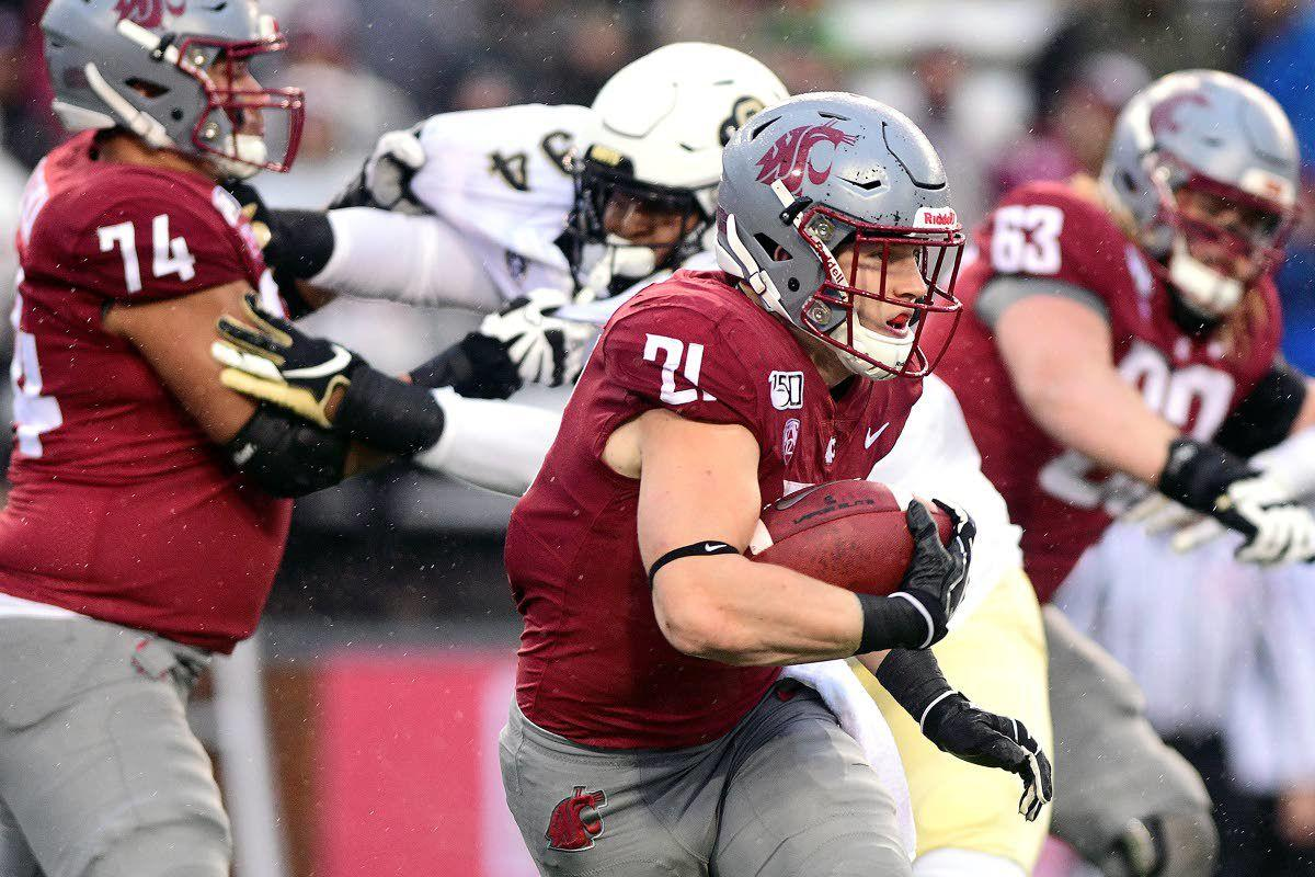 Cougars find their defense in the rain, rout Buffaloes