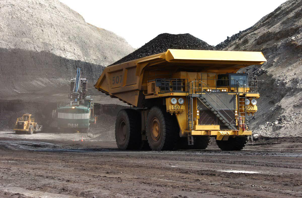 Judge throws out bid to stop coal sales