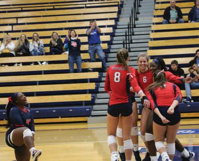 LCSC volleyball takes down No. 16 Montana Tech in 4