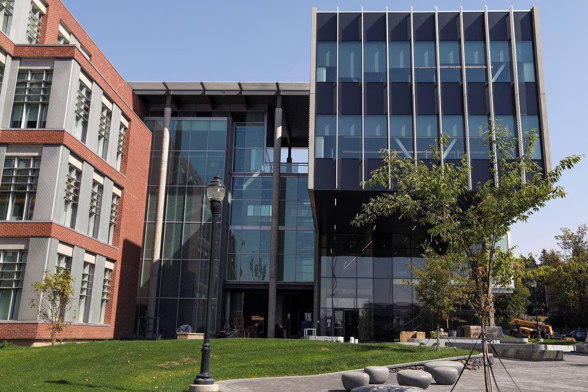 WSU Plant Sciences Building in full bloom