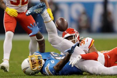Chiefs hold off Chargers south of the border