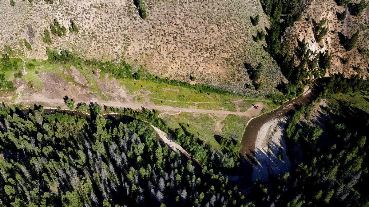 Airstrip angers wilderness advocates