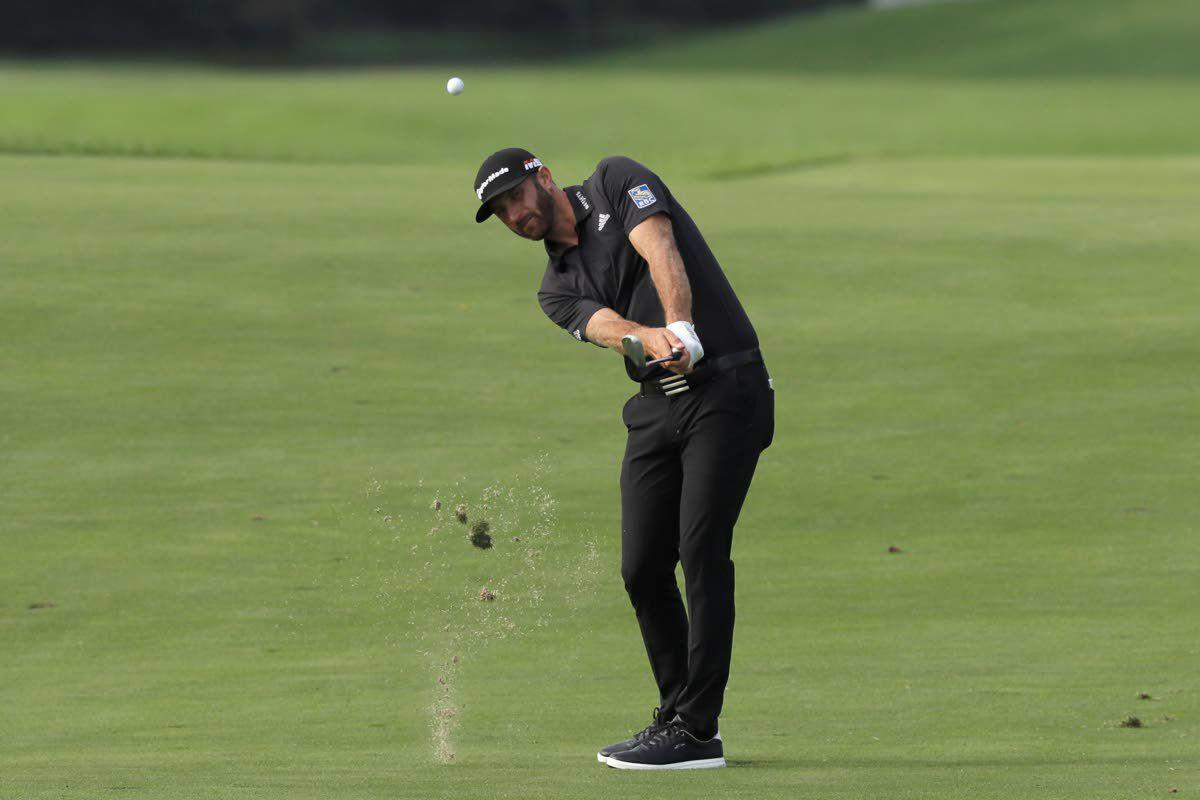 Despite balky putter, Johnson leads playoff opener
