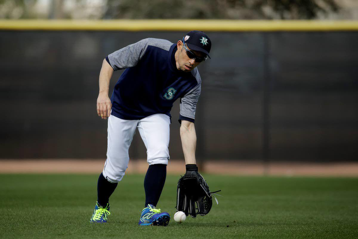 Ichiro back in action, at least temporarily