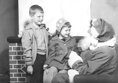 Blast from the Past / 1956: Santa Claus visits Lewiston