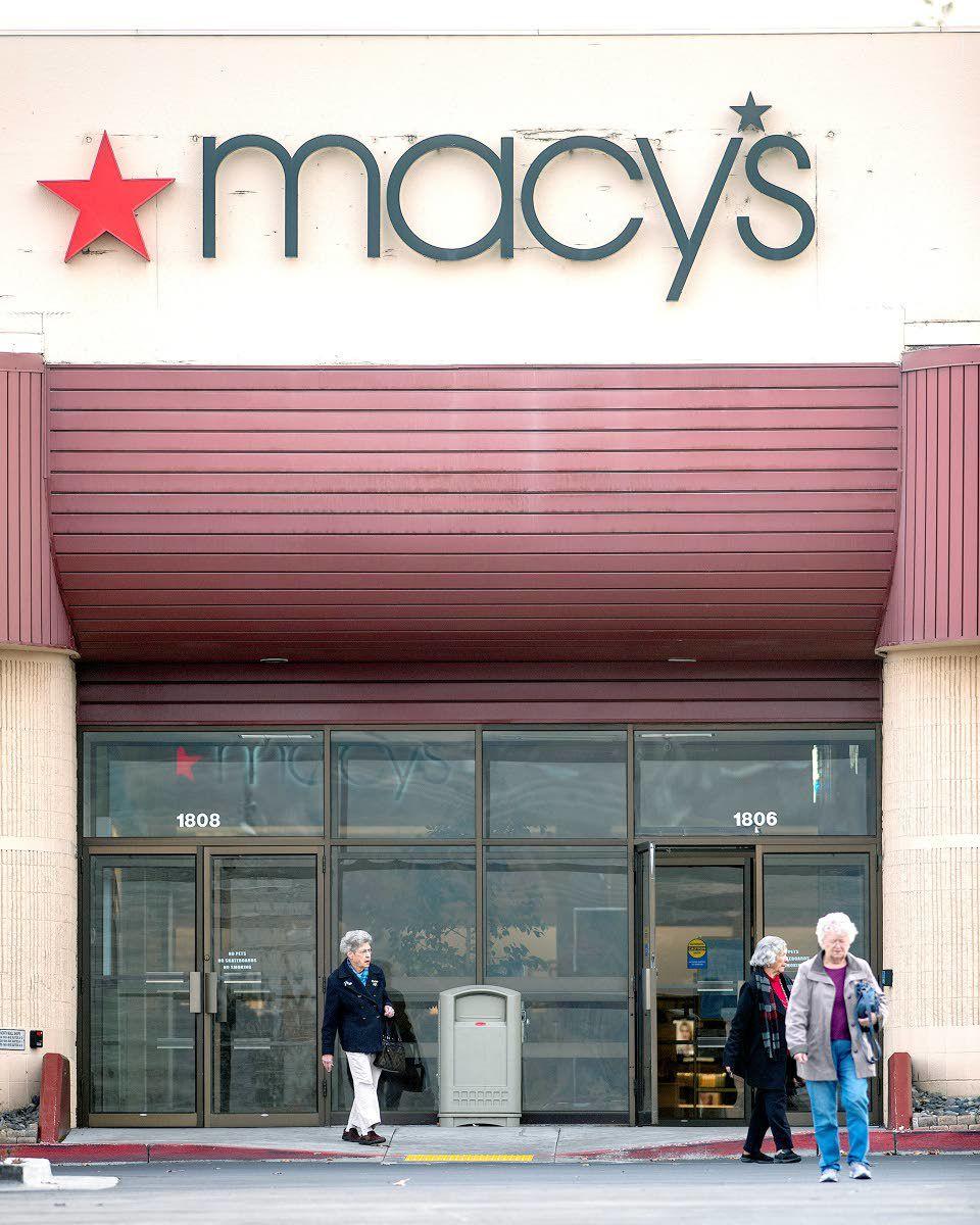 Macy's closing its doors