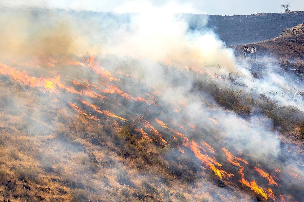 Steptoe Canyon Fire erupts