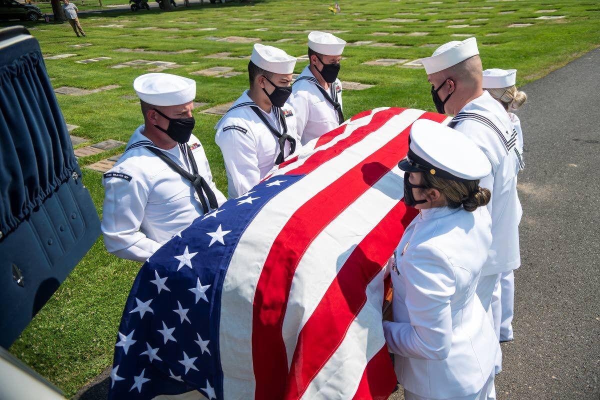 Sailor's remains find final harbor