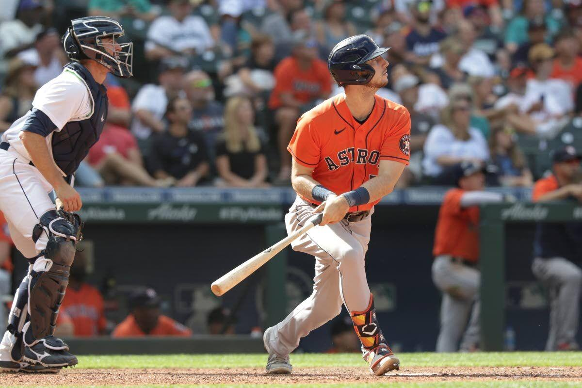 Gurriel, Astros jump to big lead, cruise past Mariners