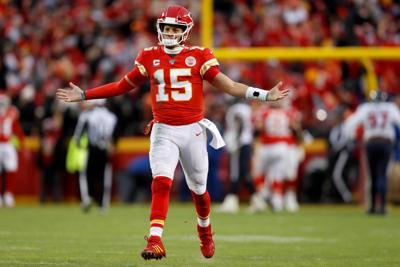 Chiefs rally from 24-0 deficit, then rout Texans