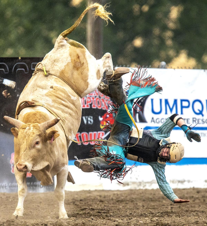 210710 af Bull riding_2.JPG