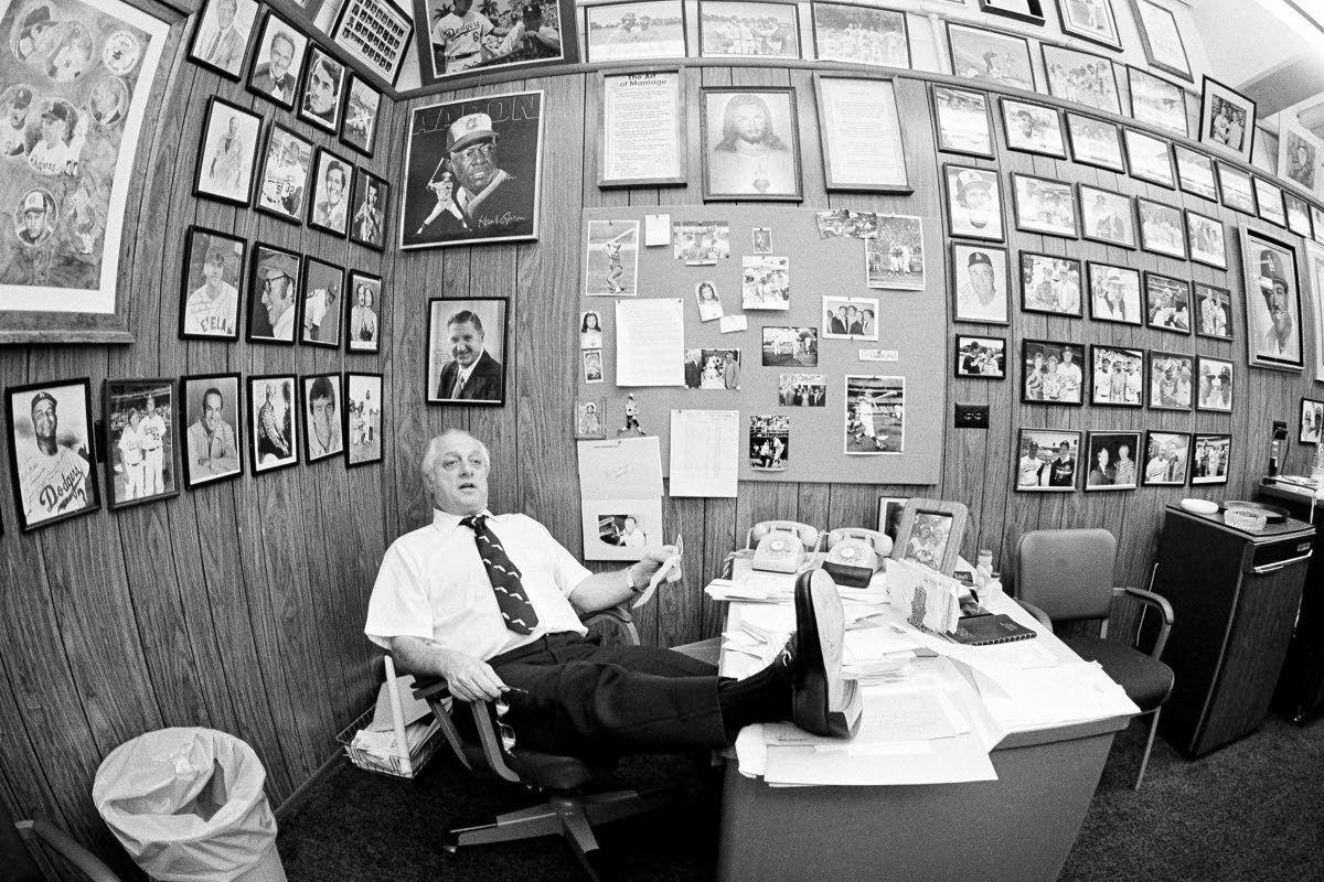 Lasorda, fiery Hall of Fame Dodgers manager, dies