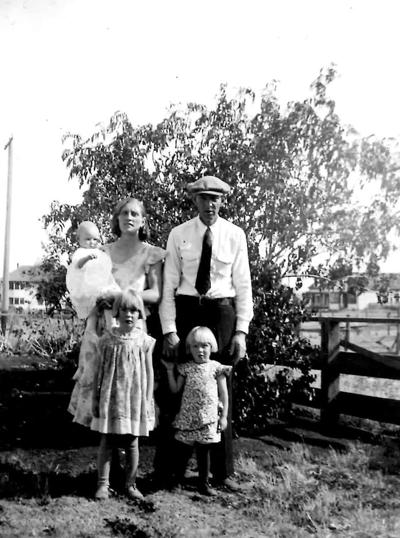 Blast from the Past / 1934: A Ferdinand family photo