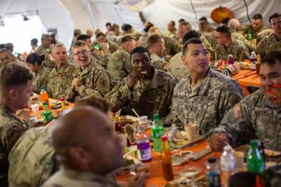 Hunger among U.S. soldiers 'unacceptable'