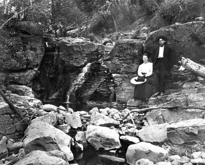 Blast from the Past / Early 1900s: Asotin couple on an outing