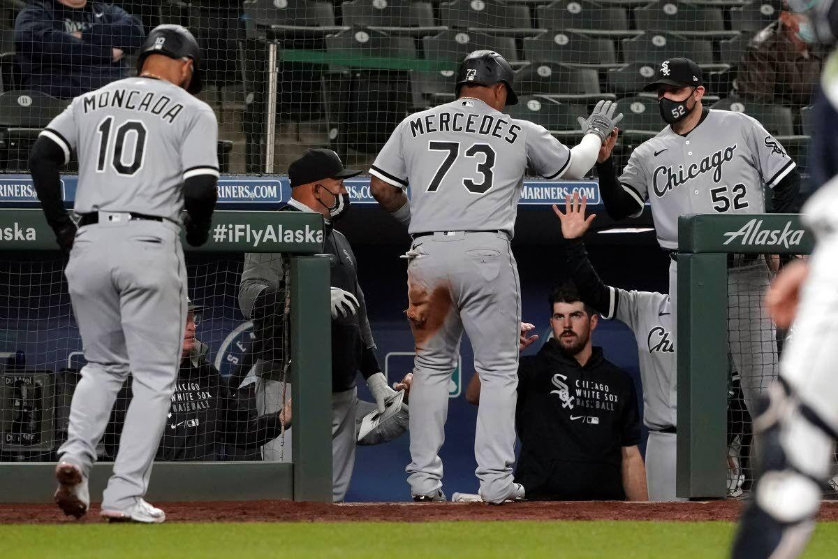 Mariners held to three hits in loss