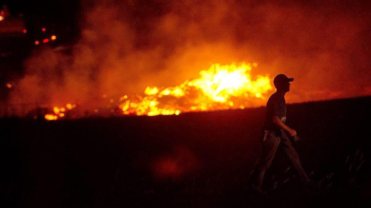 fire breaks out on lewiston hill northwest
