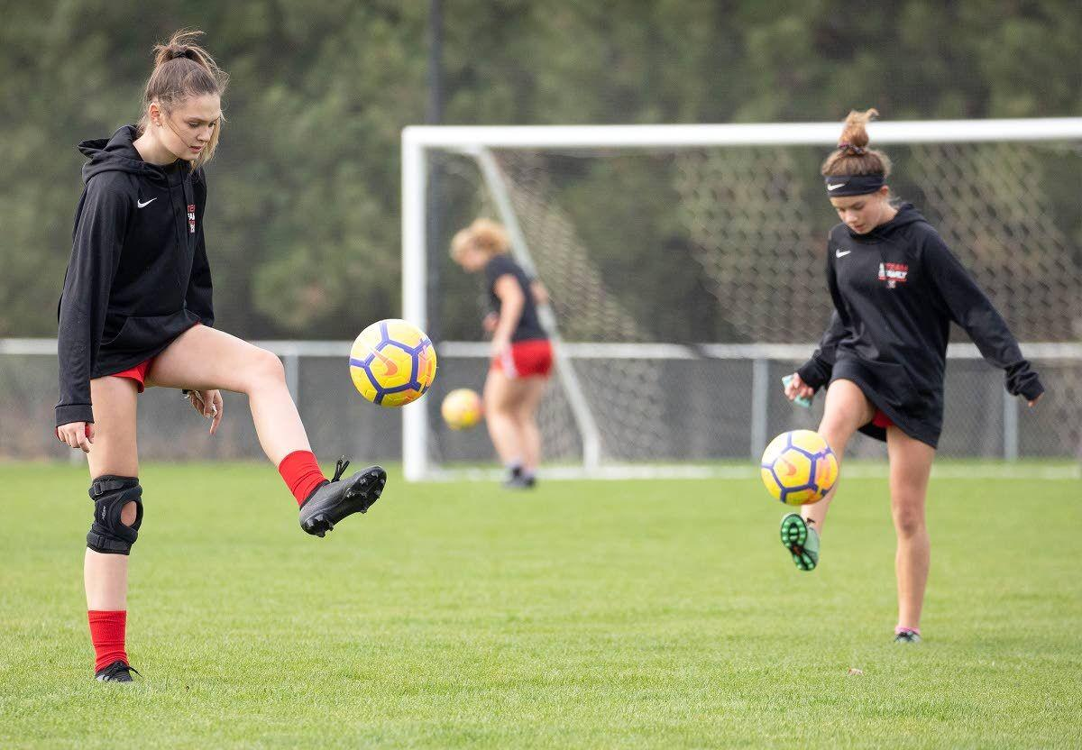 Moscow's girls' soccer team off to the bright lights
