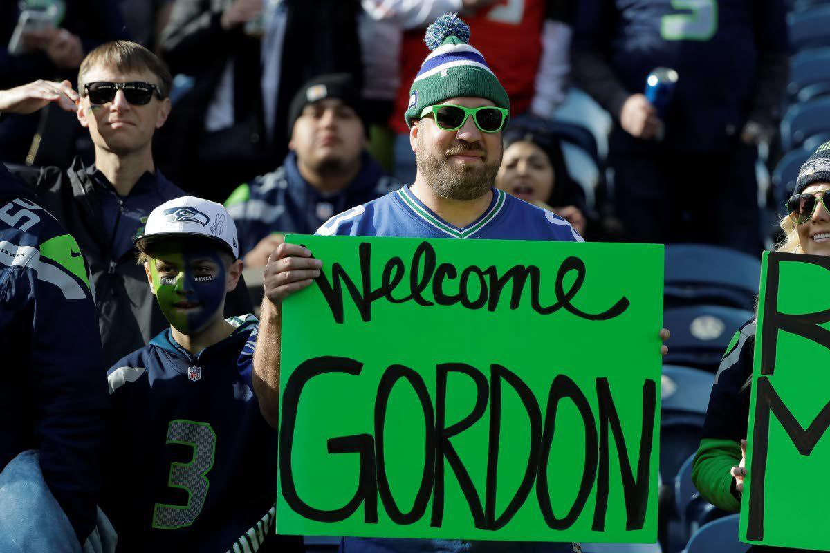 Seahawks' Gordon gets another 2nd chance. Will this time be different?