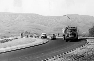 Blast from the Past / 1951: New bridge opens, and vehicles stream across