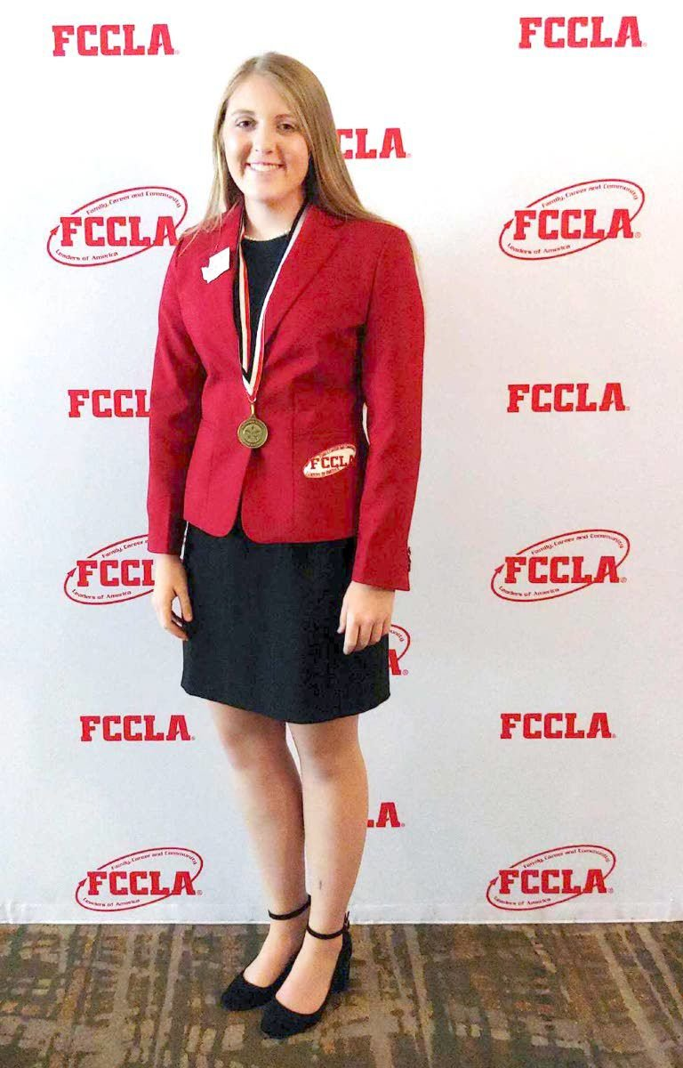 Clarkston student earns gold medal at national event with perfect score