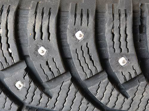 End nears for studded snow tires in Washington