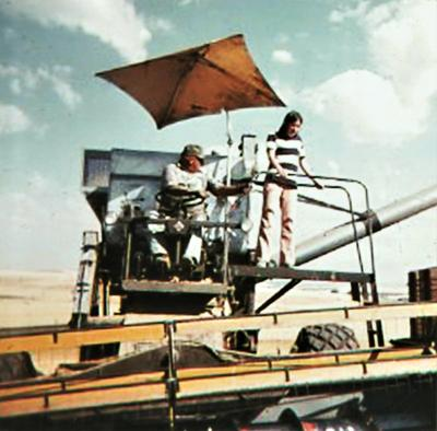 Blast from the Past / 1979: A bit of shade during harvest