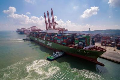 China imports from U.S. fall 19 percent in July