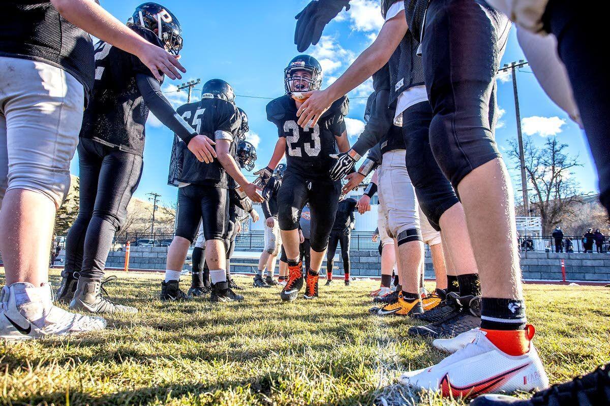 Hungry Washington small-school teams come to the table