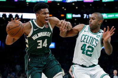 Giannis tallies 39 as Bucks capture 3-1 lead