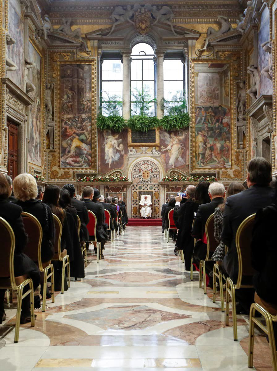 Pope warns of risks from U.S.-Iran tensions