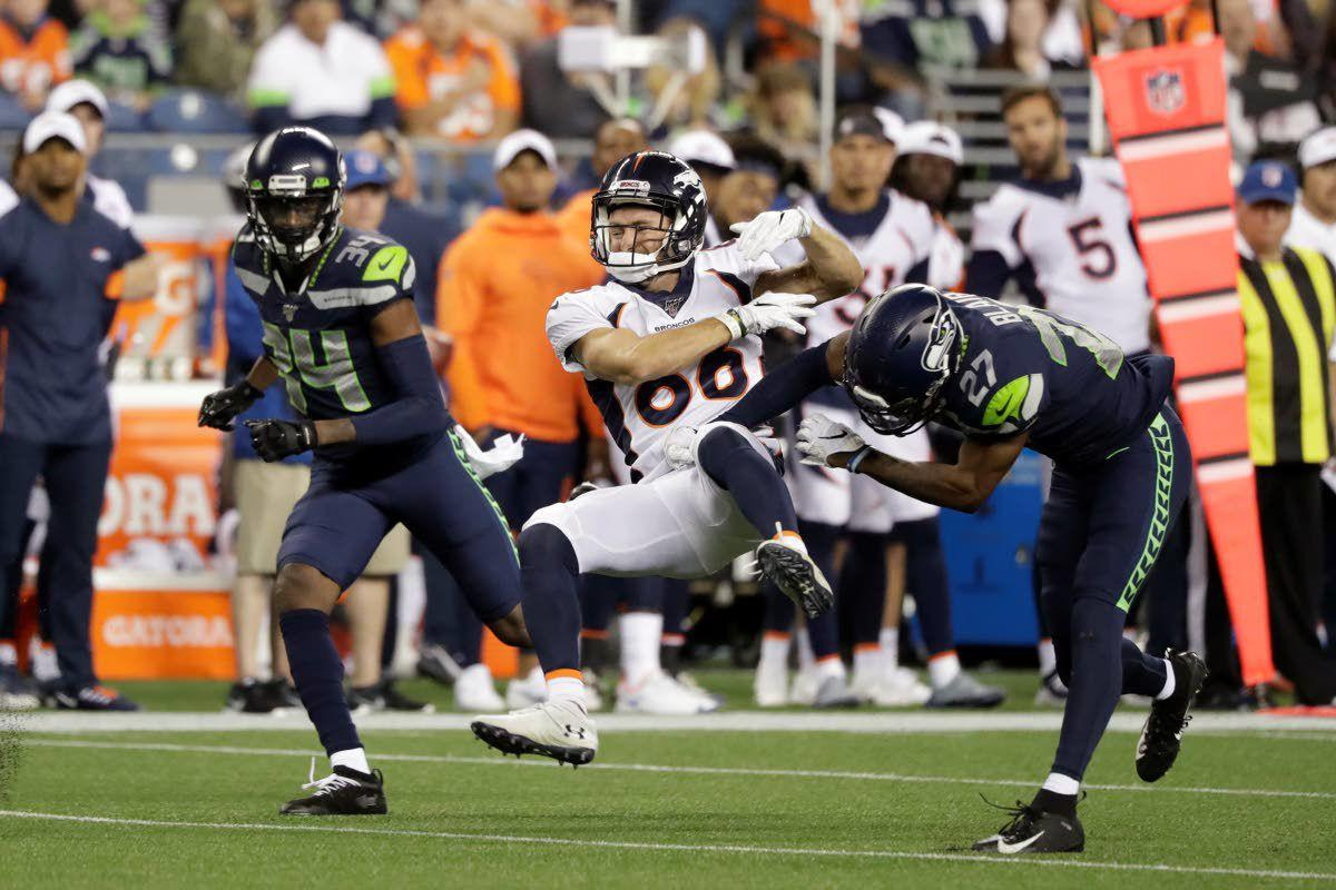Rookie Blair makes loud first impression in Seahawks debut