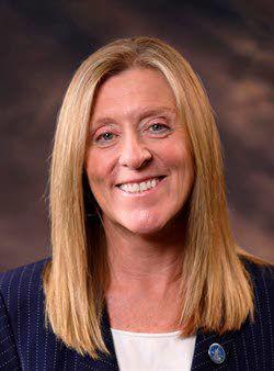 Pemberton calls for LCSC hiring freeze