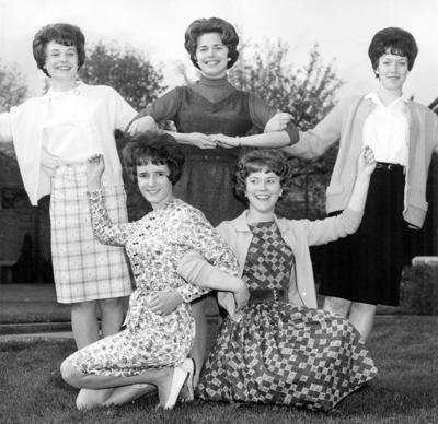Blast from the Past / 1963: Ready to cheer on the Bantams