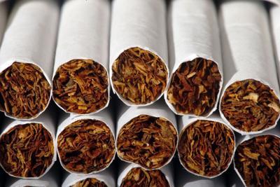 Cigarettes_01_05450.jpg