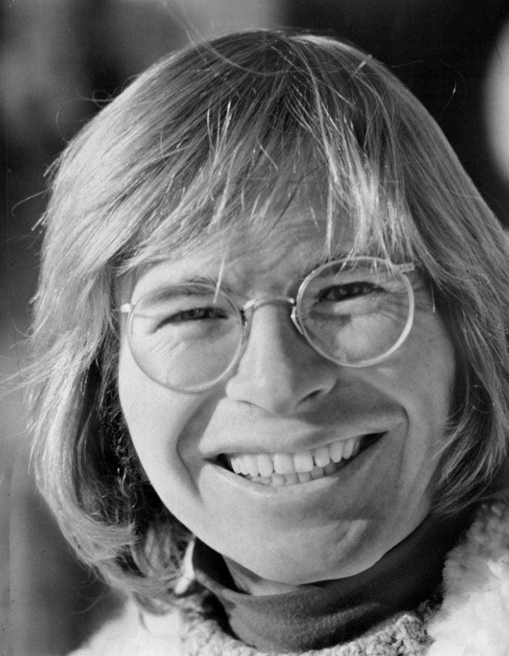 John_Denver_1973.jpg