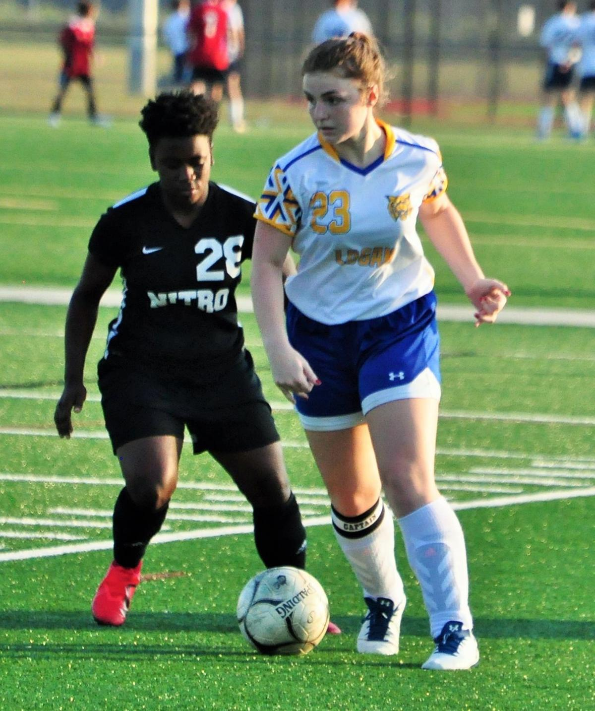 20190925-log-soccer roundup madison mullins