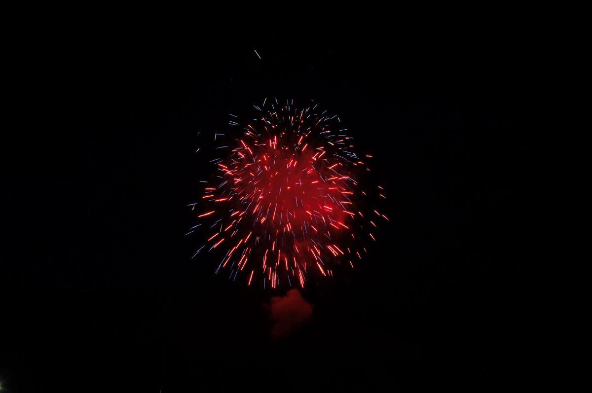 0710_fireworks_p2_92496.jpg