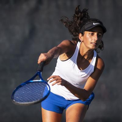 Los Altos High hosts Mt View High in Girls Tennis