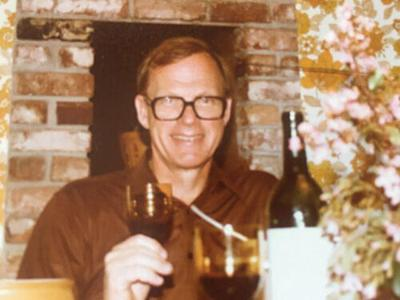 Dr. Roger Halliday