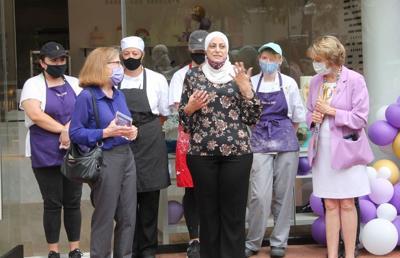 Dana's Cake Shoppe opens in Leesburg
