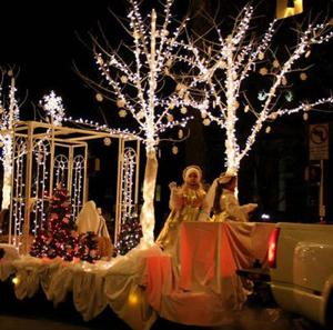 Leesburg kicks off holiday festivities Friday night