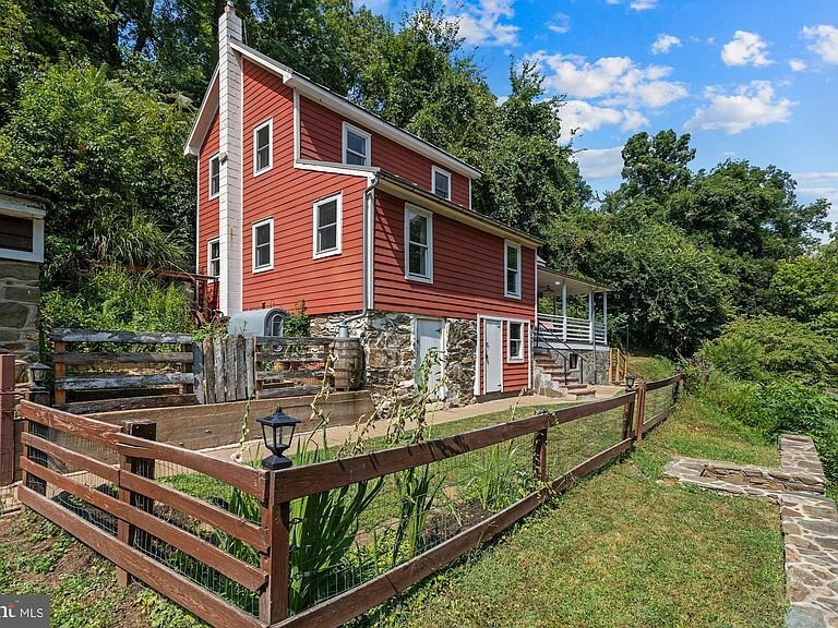 Home of the Week: 13316 Downey Mill Rd., Lovettsville